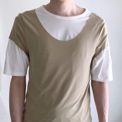 SEEKボートネックをTシャツの上から着たときの首回り