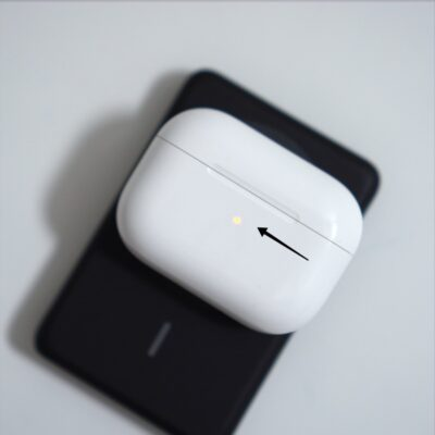 AnkerMagsafeモバイルバッテリーでAirpodsProを充電