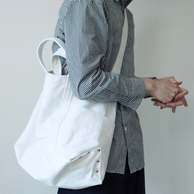 YAECAのツールバッグ着画