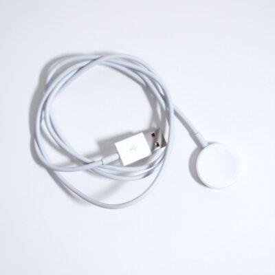 AppleWatchの付属の充電器