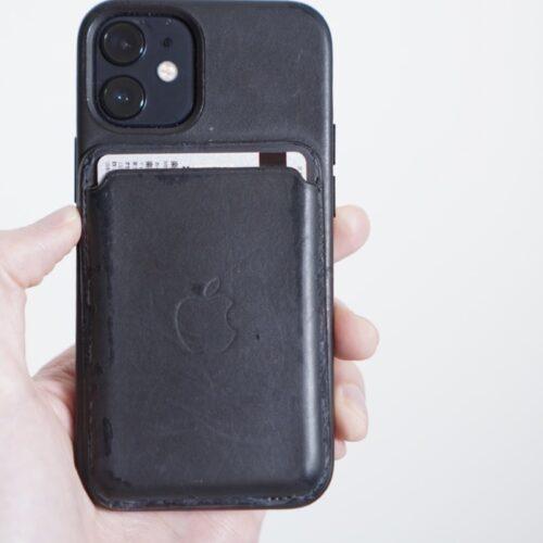 iphone12miniのMagsafeウォレット