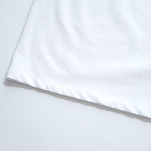 ATONのポロシャツの裾