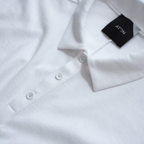 ATONポロシャツのボタンの数