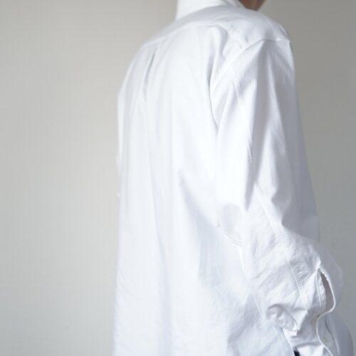 コンフォートフィットシャツの袖周り