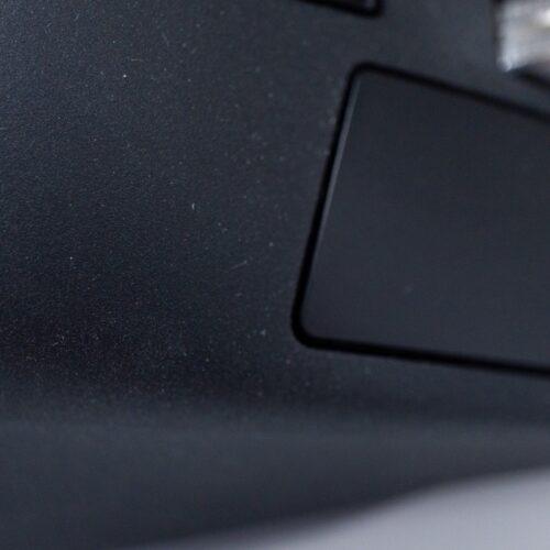 MX Mater 3 for Macのグリップ部分はホコリがつきやすい